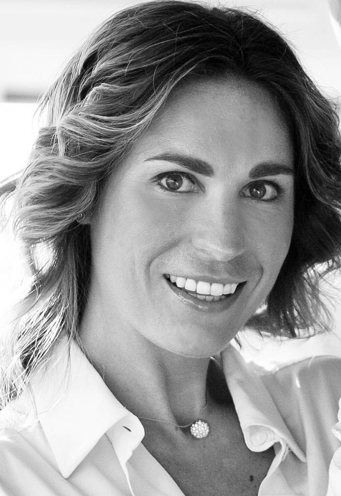 L.D. Sur Mesure, Lieselot Dekoninck, persoonlijke stylingcoach voor alle maatwerk kledij, bedrijfskledij, horeca